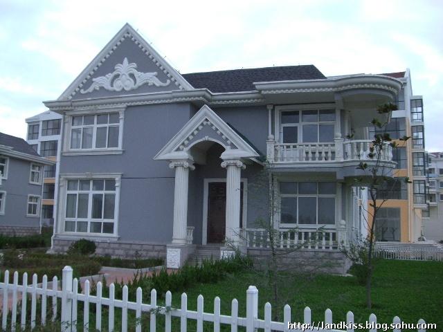 威海乳山银滩最大院落-独栋别墅 1.5亩,土地证9百多平图片