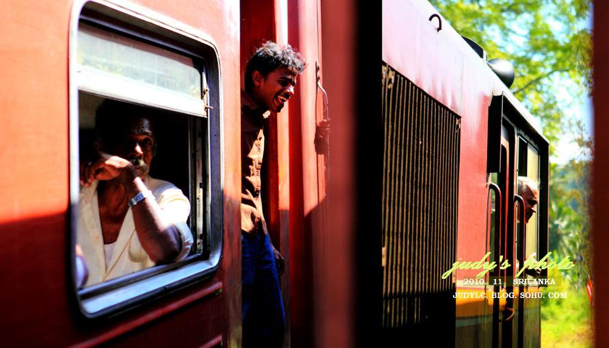 【斯里兰卡】茶叶飘香的茶山小火车之旅