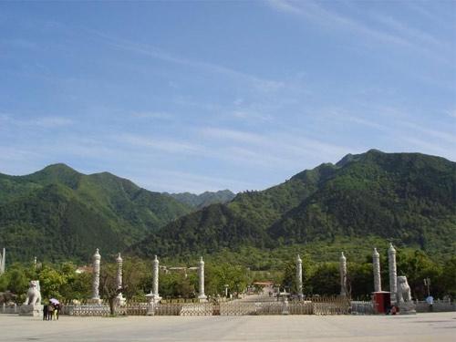 秦岭野生动物园: 沣峪口: 高冠瀑布
