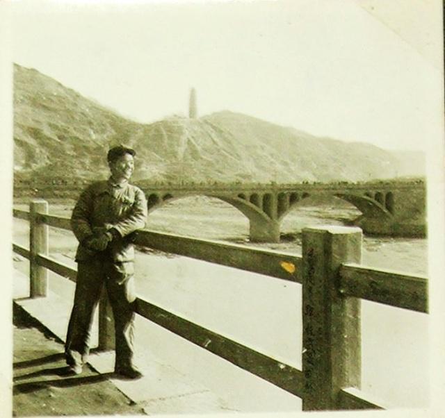 梦游陕西(16)陕北南泥湾.延安宝塔山