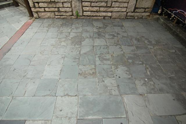 深圳民族村的地面铺装