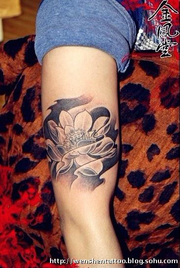 莲花纹身图 利物浦队标纹身 字母文身 音符纹身 图腾刺青