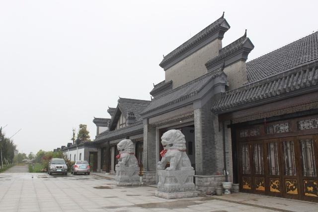 苏北人,这房子造价不过一千多万,包括十亩地两千万!